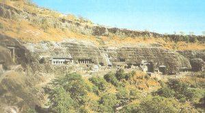 Cuevas de Ajanta (India) Monasterio  Budista