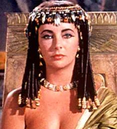Elizabet Taylor interpreto a Cleopátra en una Pelicula